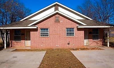Building, 1409 E Robert St, 2