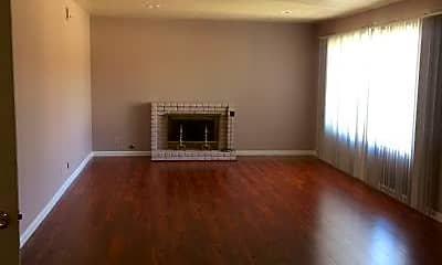 Living Room, 2017 W Sycamore Ave, 2
