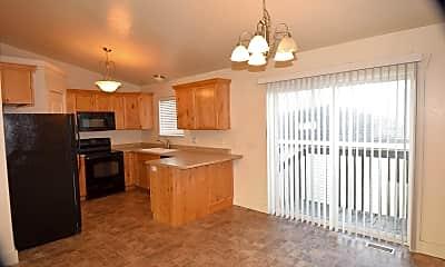 Kitchen, 815 W 530 S, 1