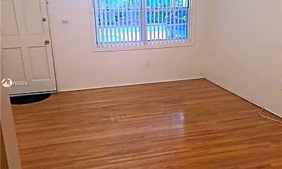 Living Room, 11801 NE 11th Pl A, 1