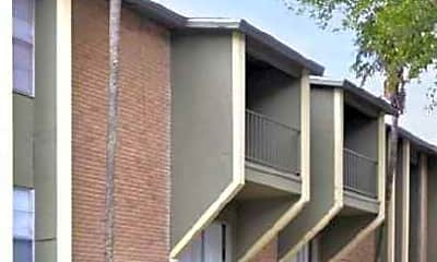 Building, Pinhook South Apartments, 1