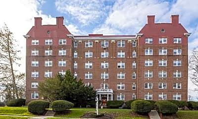 Building, 900 Montgomery Ave, 2