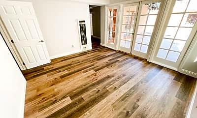 Living Room, 1206 Belmont Ave, 1