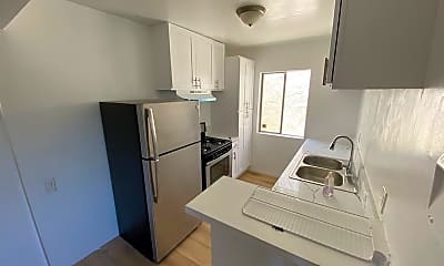 Kitchen, 1016 S Westlake Ave, 1