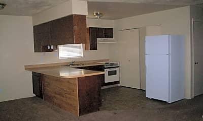 Building, 673 W 400 N, 2