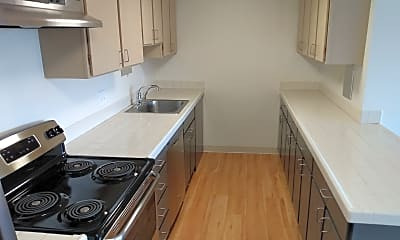 Kitchen, 1080 Patterson St, 2