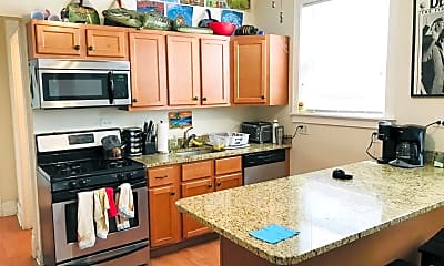 Kitchen, 2223 N Sawyer Ave, 0