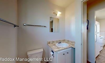 Bathroom, 2121 Gold Ave SE, 2