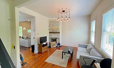 Living Room, 610 E Henry St, 1