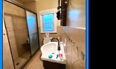 Bathroom, 101 Trenton Ave 4, 1