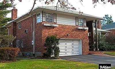 Building, 682 Longacre Ave, 0