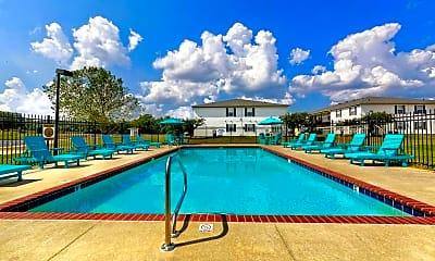 Pool, Woodland Oaks, 0