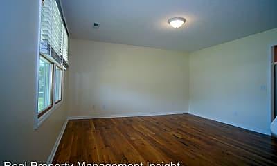 Building, 485 Pickett St, 1