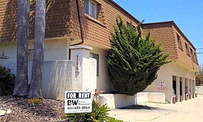 Building, 188 N Elm St, 0