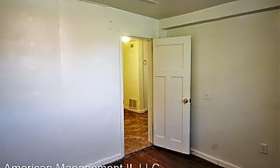 Bedroom, 107 E 33rd St, 2