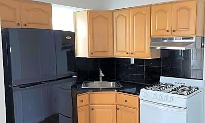 Kitchen, 170 Sandalwood Dr, 1