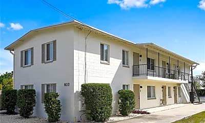 Building, 832 Symonds Ave 1, 1