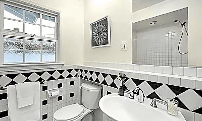 Bathroom, 3028 N Greenbrier Rd, 0