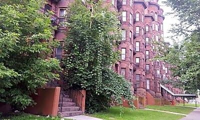 Olbiston Apartments, 2