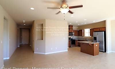 Living Room, 3349 Gulling Road, 1