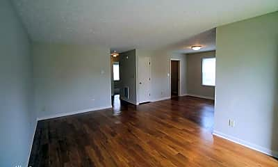 Living Room, 2016-2018 Hickory Hill Dr, 0