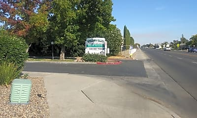 Willow Oaks Apartments, 1