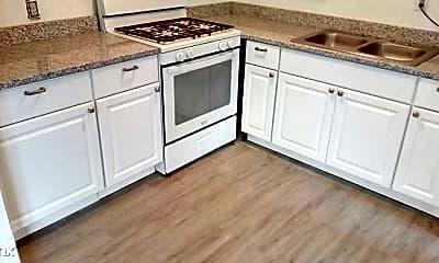 Kitchen, 637 S Crysler Ave, 0