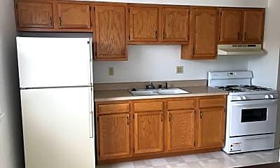 Kitchen, 409 Beech St, 1