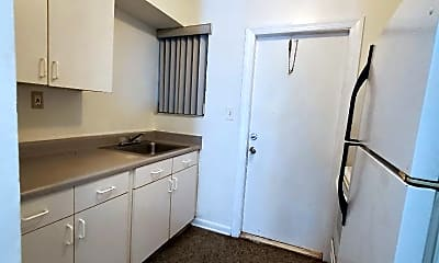Kitchen, 844 NW 18th Ave, 1