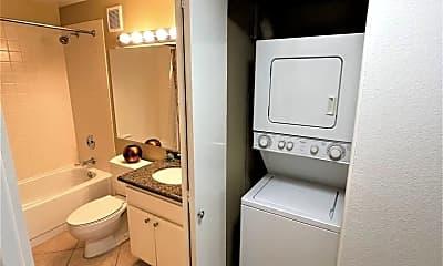 Bathroom, 600 W. 9th Street, 2