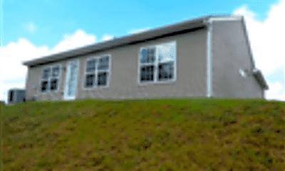 Building, 740 Celtic Crossing Drive, 2
