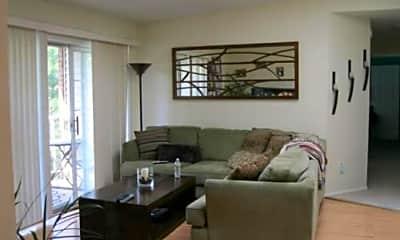 Living Room, 109 Versailles Ct, 1