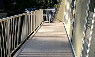 Patio / Deck, 9811 NE 124th St, 1