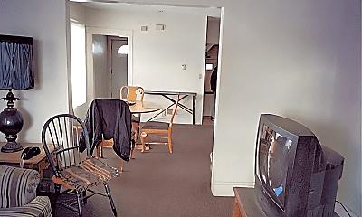 Dining Room, 13825 Svec Ave, 1