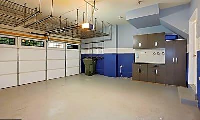 Kitchen, 603 Overlook Park Dr 89, 2