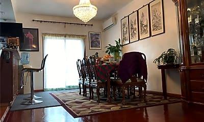 Living Room, 82-16 Penelope Ave, 1