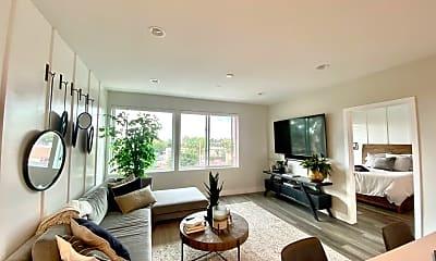 Living Room, 735 Grand Ave, 1