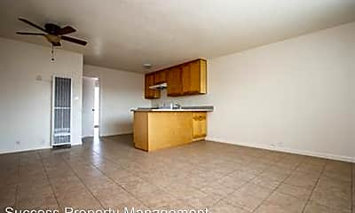 Living Room, 835 E Main St, 1