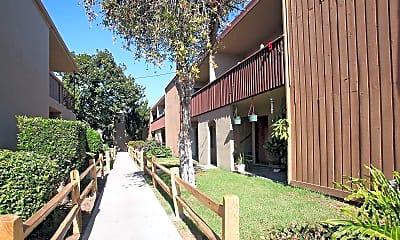 Building, Sunset Villa Apartments, 2