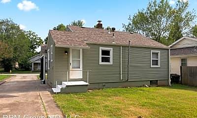 Building, 801 E Loren St, 2