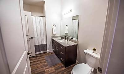Bathroom, City Centre Apartments, 2