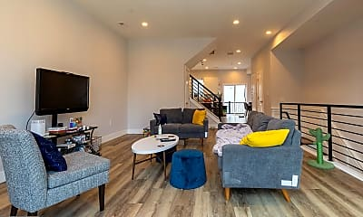 Living Room, 1850 Frankford Ave B, 1