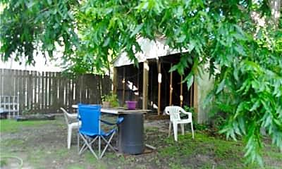 Patio / Deck, 2330 Nashville Ave, 2