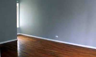 Bedroom, 6601 Broadway, 1