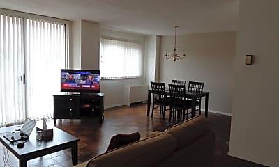 Living Room, 1225 Martha Custis Dr 1118, 1