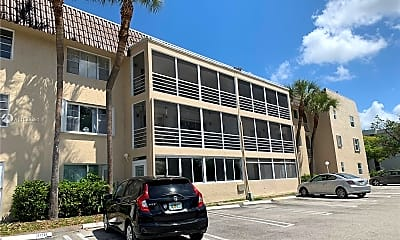Building, 2700 Riverside Dr 207-B, 1