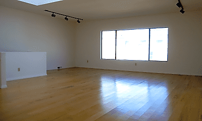 Living Room, 525 27th Ave, 0