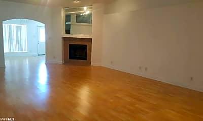Living Room, 9286 Ottawa Dr, 1