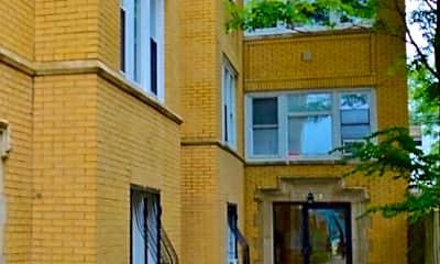 Building, 3108 W Walton St, 2