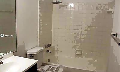 Bathroom, 1990 SW 9th St 1-2, 2